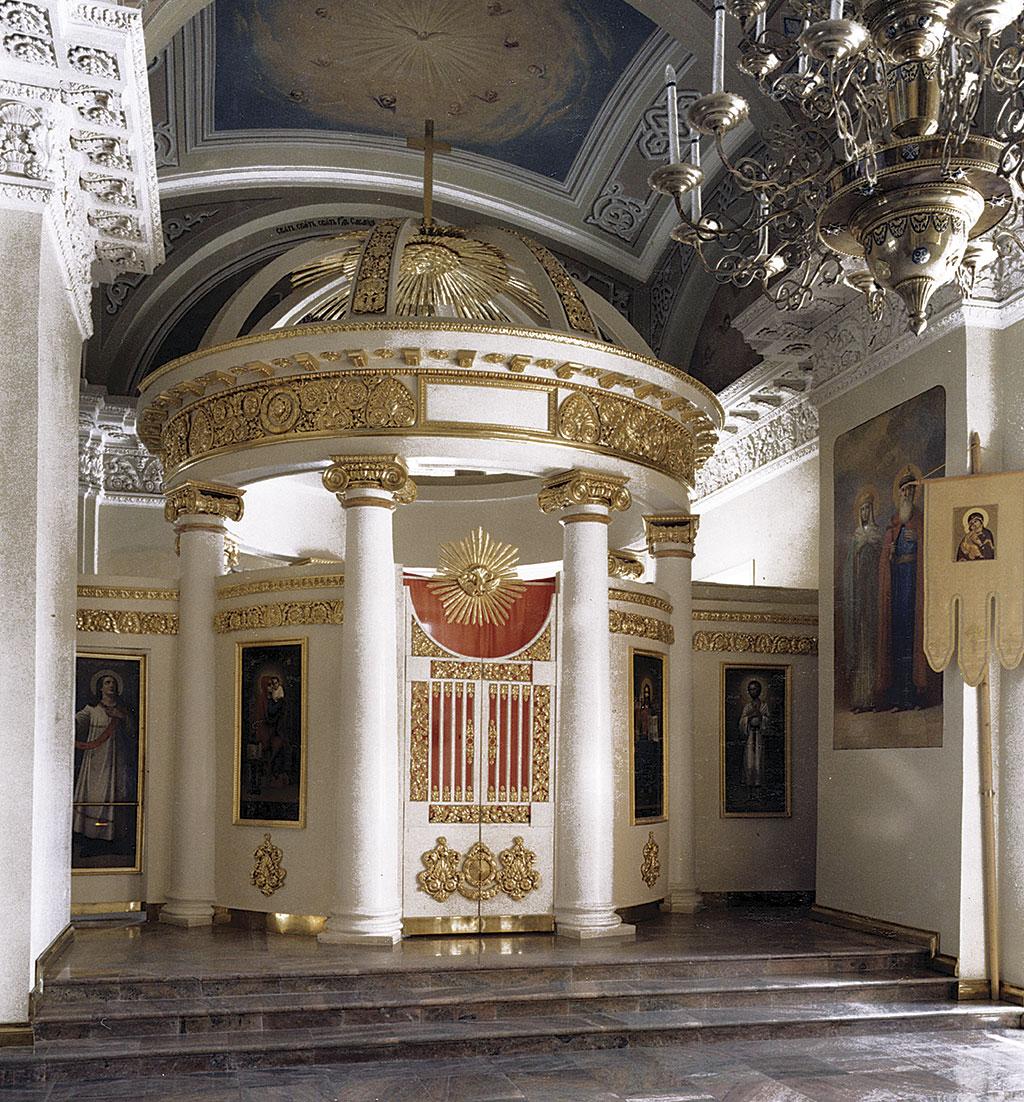 Алексей Греков — Церковная резьба